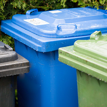 Garbage cans for recycling